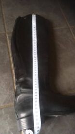 Like new leather Toggie long boots