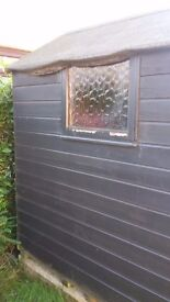 Wooden garden shed 6 foot by 4 foot. Felted