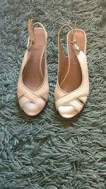Footglove sandles
