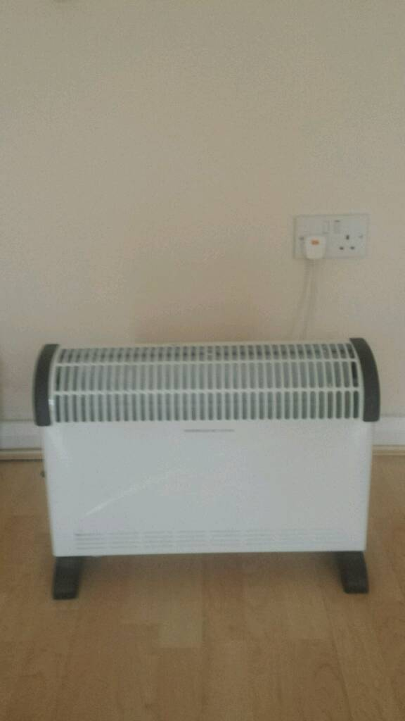 Convector heaterin York, North YorkshireGumtree - Provides hot air distribution into the room.Heat output 2kW.2 heat settings.Safety cut out switch.Freestanding.Please note collection only YO10 4FE