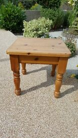Square solid Pine coffee table in very good condition (A)