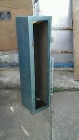 Van vault box