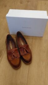 Russell&Bromley - Tan Chester Loafers - size 36.5