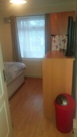 Single Spare Room in Edgware two share house with two other males and one large Dog