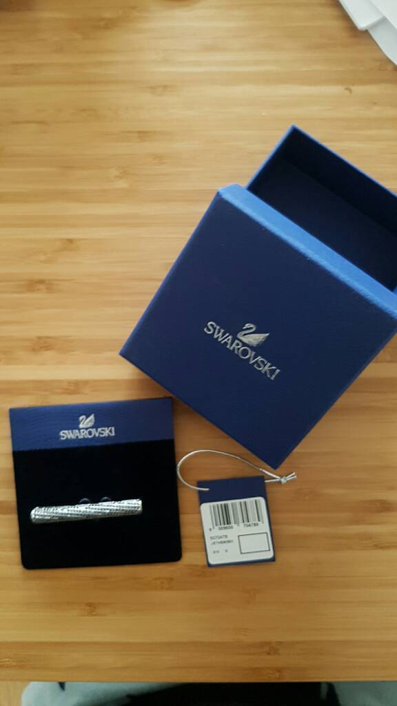 NEVER USED Swarovski tie pin (RRP £89)