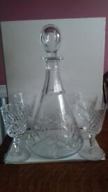 Decanter and 4 glasses