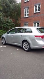 Toyota Avensis to sell 2980