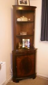 Corner cabinet with shelves - perfect upcycle / shabby chic project