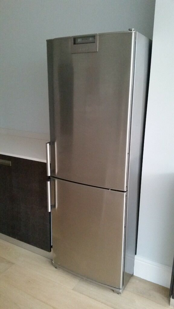 siemens stainless steel fridge freezer in kingston. Black Bedroom Furniture Sets. Home Design Ideas