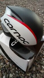 CARNAC AERO ROAD HELMET s/m 55-59cm, TT use only, good condition, blk/white, boxed.