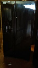 SAMSUNG black American fridge freezer, with water and ice dispenser, new Ex display