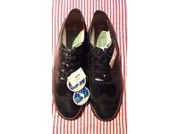 Ghillies Brogues Brand Spanking New size 10 UK or European 44