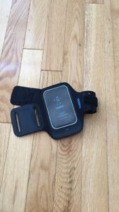 Belkin Dual Fit Sports Armband iPhone 4s