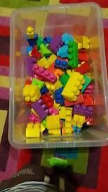 Mega Blocks (over 100)