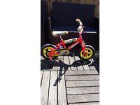 "12"" MAGNA FUNRACE Kids Bike with stabilisers"