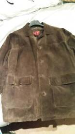 Mens large genuine brown leather jacket in excellent condition