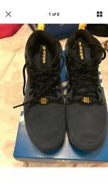 f98f6f23a0268 Adidas Yeezy Boost 350 V2 Static