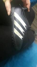 boys nwot adidas trainers size 10