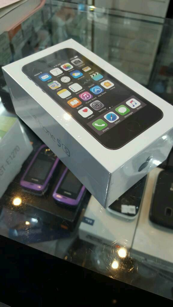 APPLE IPHONE 5S. SPACE GREY. 16GB. UNLOCKED. BRAND NEW AND IN SEALED BOXin Coventry, West MidlandsGumtree - APPLE IPHONE 5S. SPACE GREY. 16GB. UNLOCKED. BRAND NEW AND IN SEALED BOX. FULL 12 MONTH APPLE WARRANTY