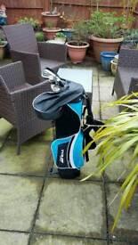 Junior stick bag excellent condition 3 clubs.