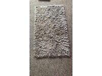 Grey rug 60x110
