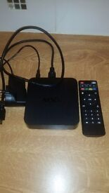 Fully loaded kodi box with all cables £50