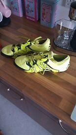 Adidas football boots size 10.5