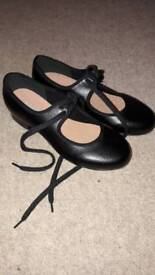 Bloch tap shoes size 13.5