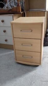 BED SIDE CABINET CHEST OF DRAWERS