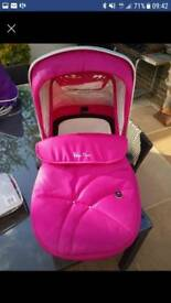 Silver Cross wayfarer carry cot raspberry. New with apron, bootie apron and mattress