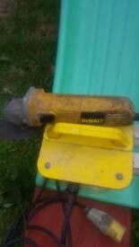 Dwalt 4 inch angle grinder.110 volts