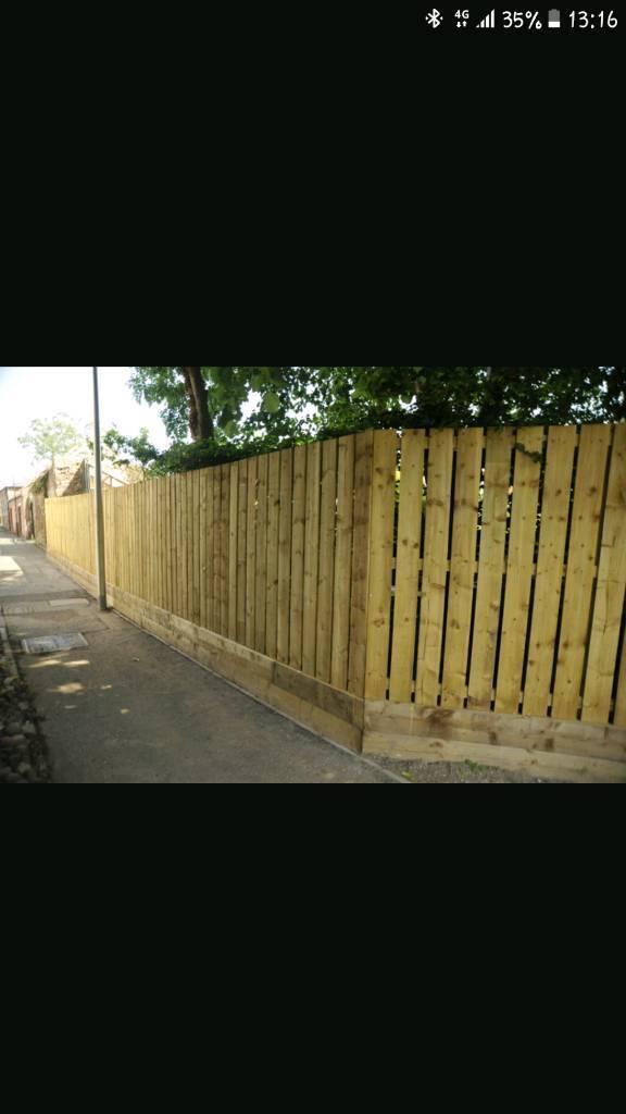 """Fence slate and posts """"unused"""""""