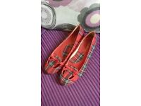 ladies size 6 red spanish look flat shoes good condition bd6