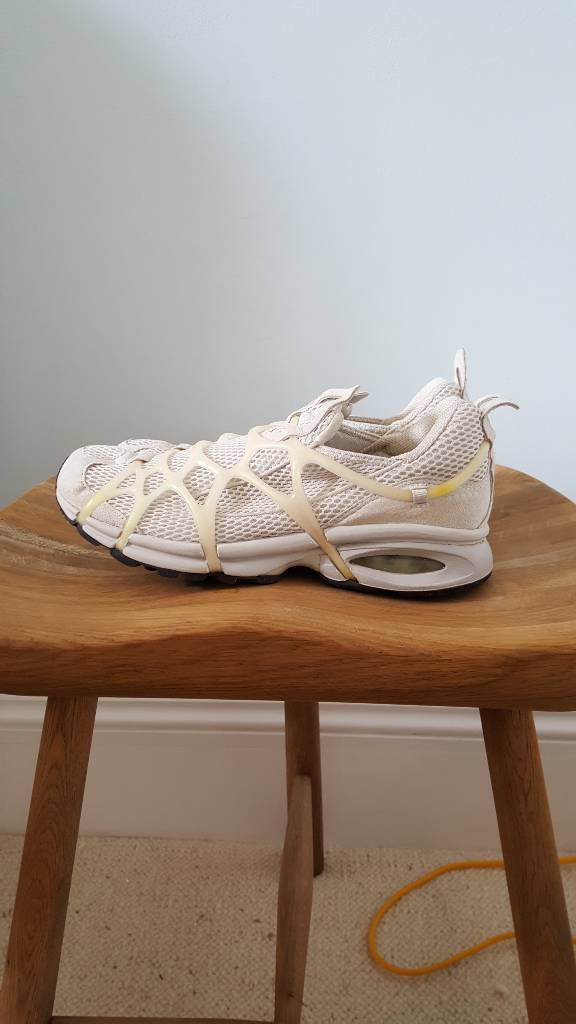 Nike running shoes Size 7in Hove, East SussexGumtree - Good as new. Worn maybe once? Nike running shoes size 7 for sale. Having a clear out so check my other items.Buyer collects