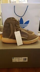 Yeezy 750 Boost Light Brown (Authentic - Adidas Confirmed) Uk Size 8, US 8.5 (Brand New)