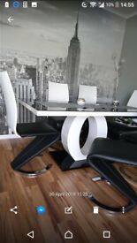 Modern high gloss dining table and 6 chairs