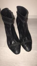Women's 38.5 Chanel leather boots size 38.5 UK size 6