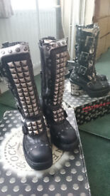 BNIB New Rock Ltd Edition Boots sz39