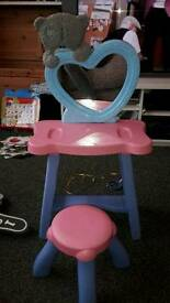 Little girl dressing table