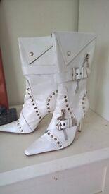 ladies size 4 white boots