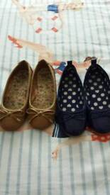 Girls slip on shoes sz 10
