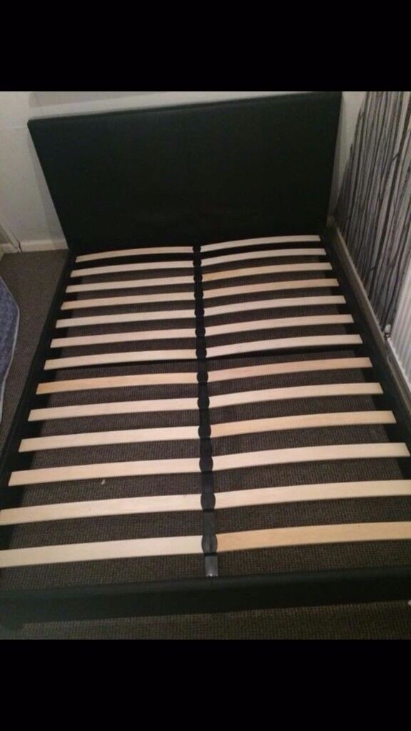 King-size bed in excellent condition