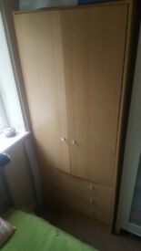 Wardrobe with 3 drawers