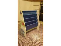 Childrens bookcase - sling style