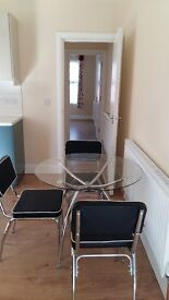 2 large double bedroom flat with an extra room for study/office to rent in Hounslow