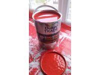Diamond eggshell red paint