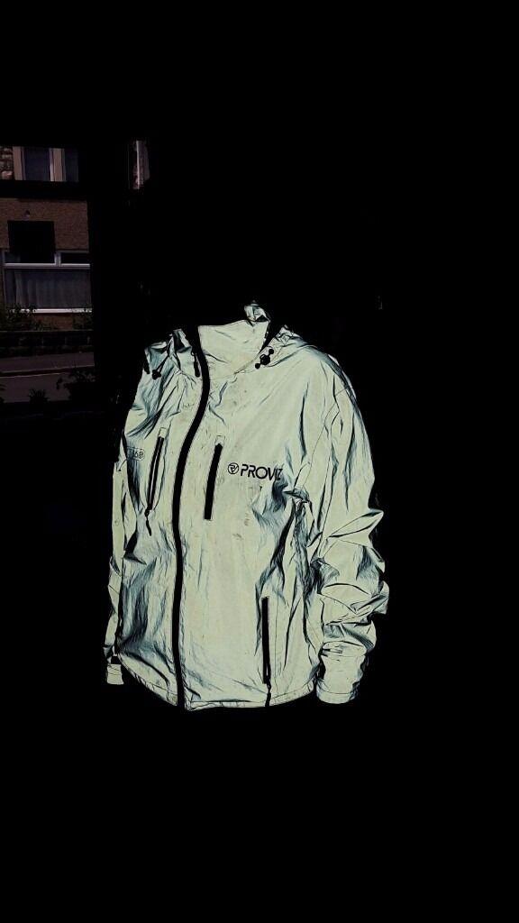 Proviz 360 super reflective fully waterproof jacket (walking/cycling), size L