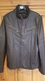 LADIES LAKELAND LEATHER JACKET IN BLACK SIZE 14.