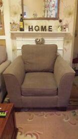 Mocha arm chair