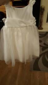 Beautiful bridesmaid or christening or party dress age 3 to 4 years